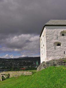 Festung Trondheim mit kIndernn