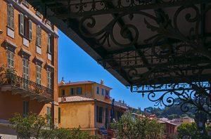 Nizza Altsatd, Häuser, Interrail von Itaien nach Frankreich