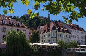 Ljubljana, Interrail Stadt Blick zur Burg