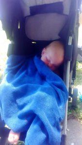 schlafendes Kind imKinderwagen, Bled am See, Interrail