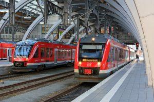 Lübecker hauptbahnhof mehrere Züge