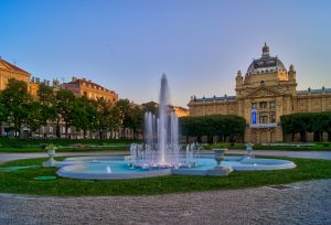 Springbrunnen Tomislav Platz 24 Stunden in Zagreb