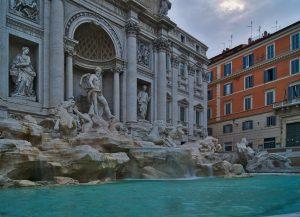 Trevi Brunnen Rom Geld im Trevi Brunnen
