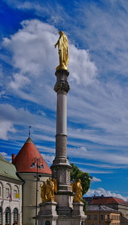 24 Stunden in Zagreb Mariensäule vor der Kathedrale