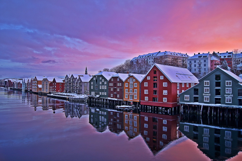 Komlementärfarben in der Trondheimer Altstadt