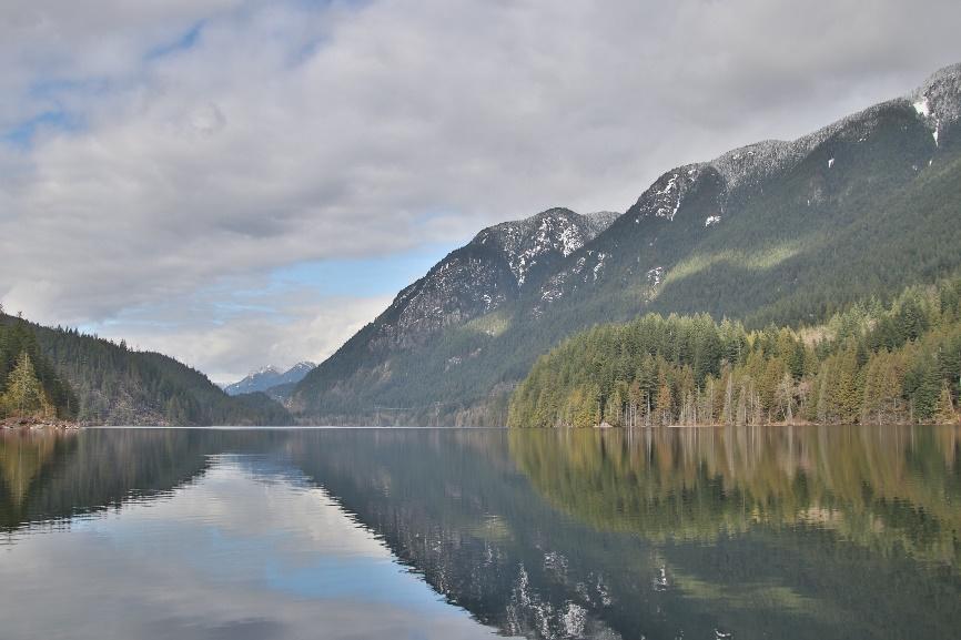 Buntzen lake Kanada See mit Berglandschaft Vancouver Fraser Valley