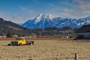 Vancouver Fraser Valley Berglandschaft mit auto im Vordergrund Kananda
