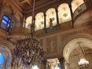 Sankt Petersburg Kathedrale Kronleuchter