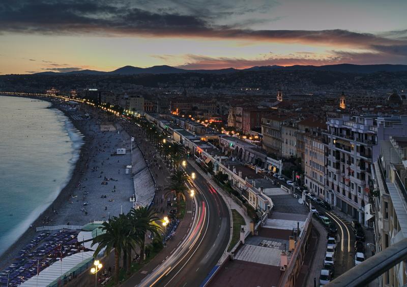 Nizza Blick über die Promenade interrail routen