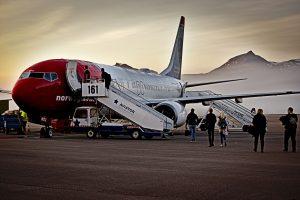 Verücktestes Urlaubserlebnis Flugzeug am Flughafen