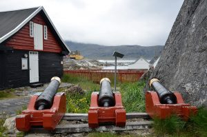 kanonen im Freilichtmuseum Nanortalik