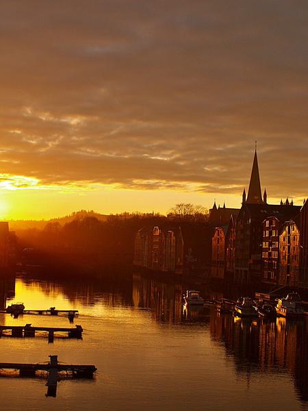 Sonnenuntergang in Trondheim