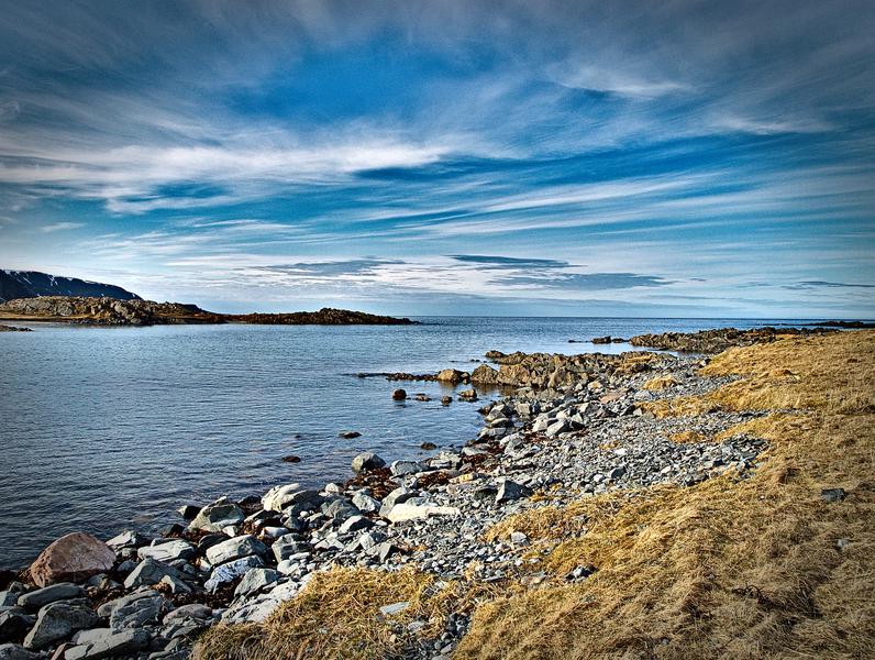 Steiniger Strand in Norwegen