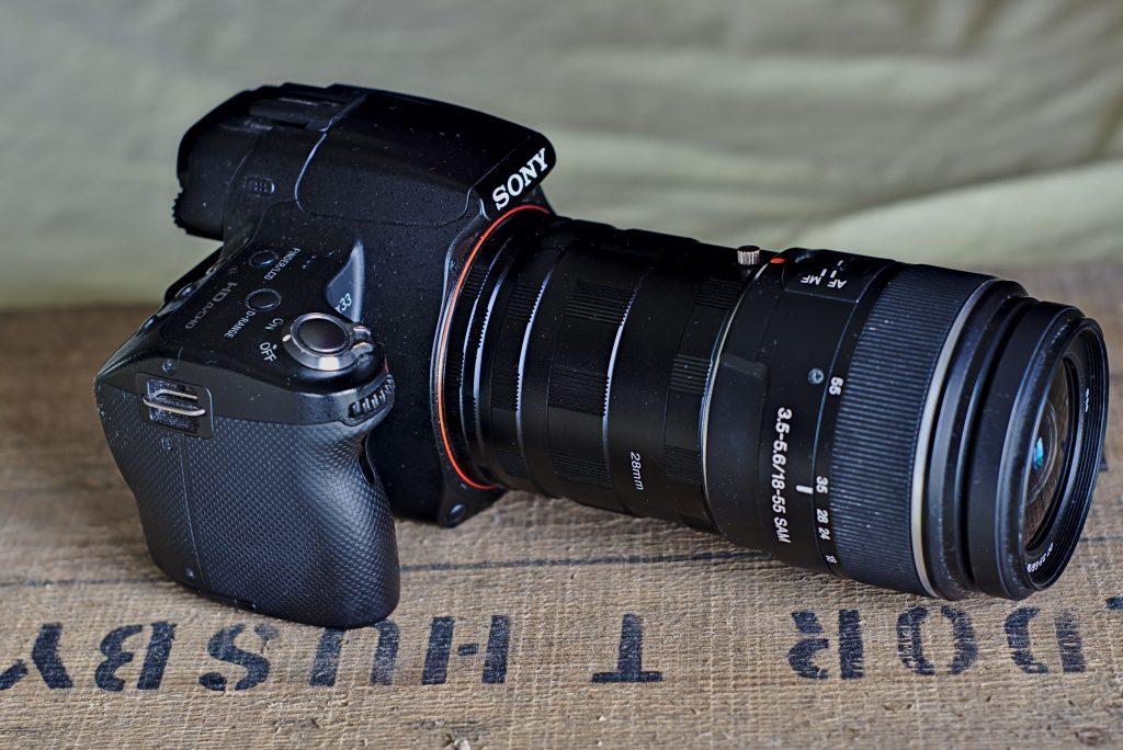 Kamera mit montierten Zwischenringe.