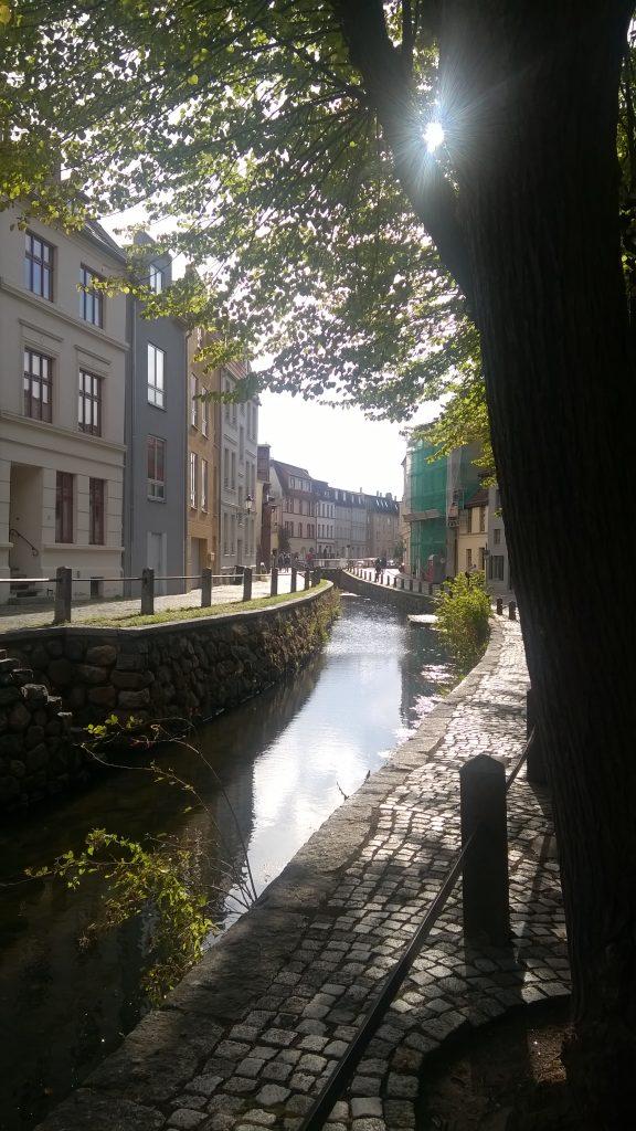 Grube Wasserlauf in Wismar