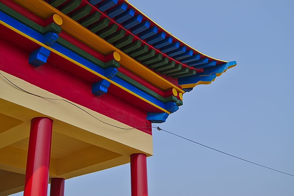 Tempel in Ulan-Ude, buntes Dachdetail