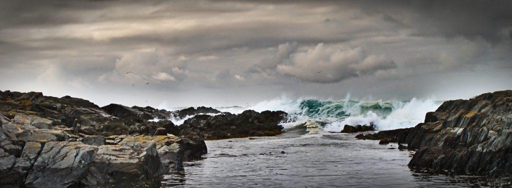 Norwegen wildes Meer Bokmål und nynorsk