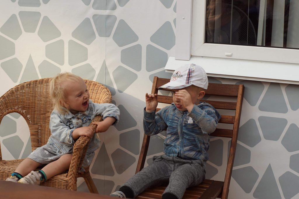 #bloggergegenrassismus Kinder verstehen sich ohne Sprache