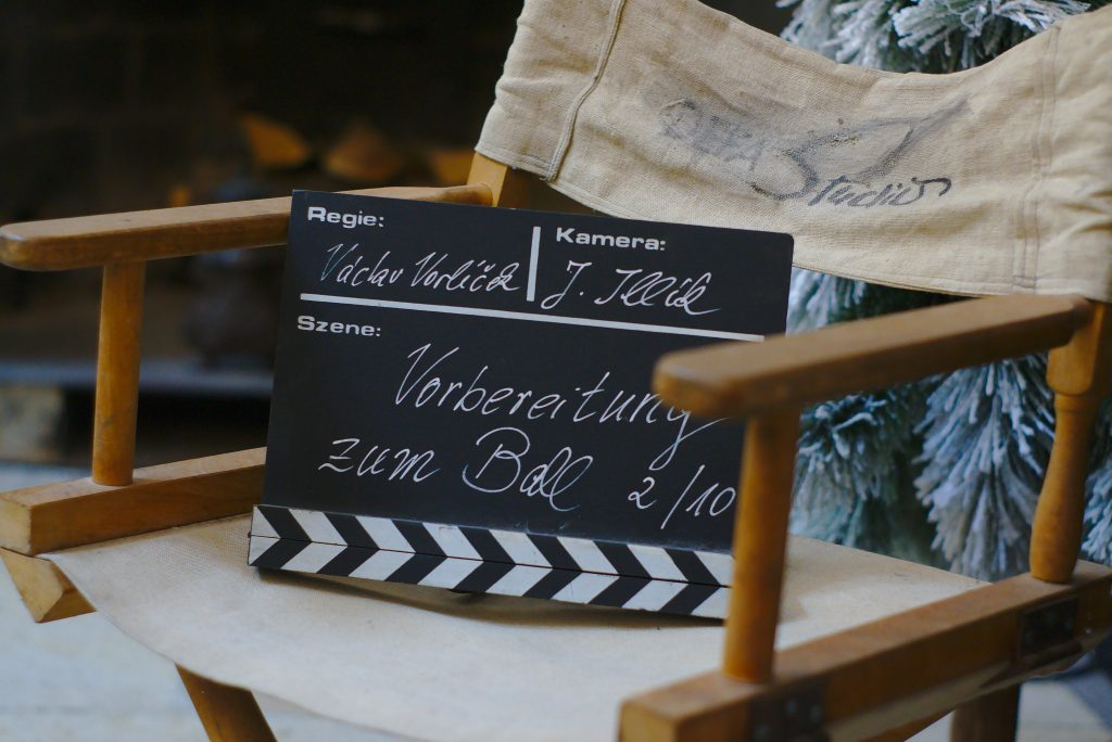 Filmklappe drei haselnüsse für aschenbrödel austellung schloss moritzburd