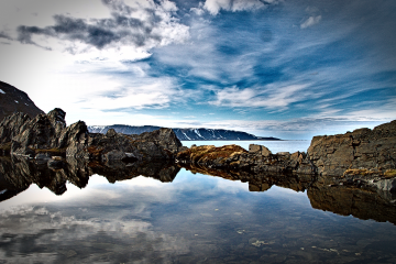bloggen angefangen norwegsiche Landschaft am Meer Berlevåg