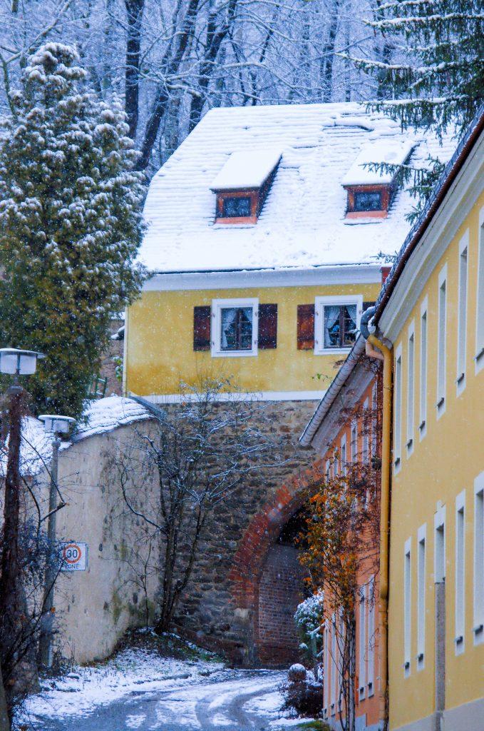 Das Finstertor in Görlitz bei Schneefall