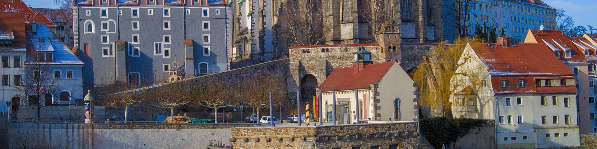 zurück in Deutschland Görlitz Görlitz mit Kindern Peterskirche gesehen von der polnischen Seite