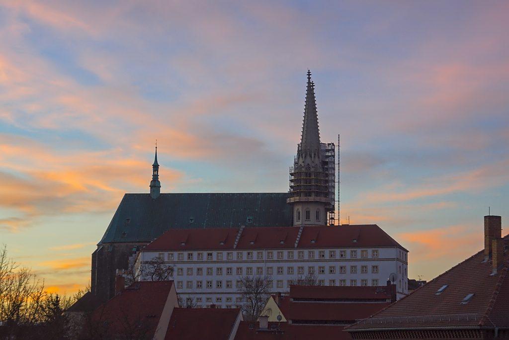 ein Jahr in Görlitz Peterskirche in Görlitz bei Sonnenaufgang