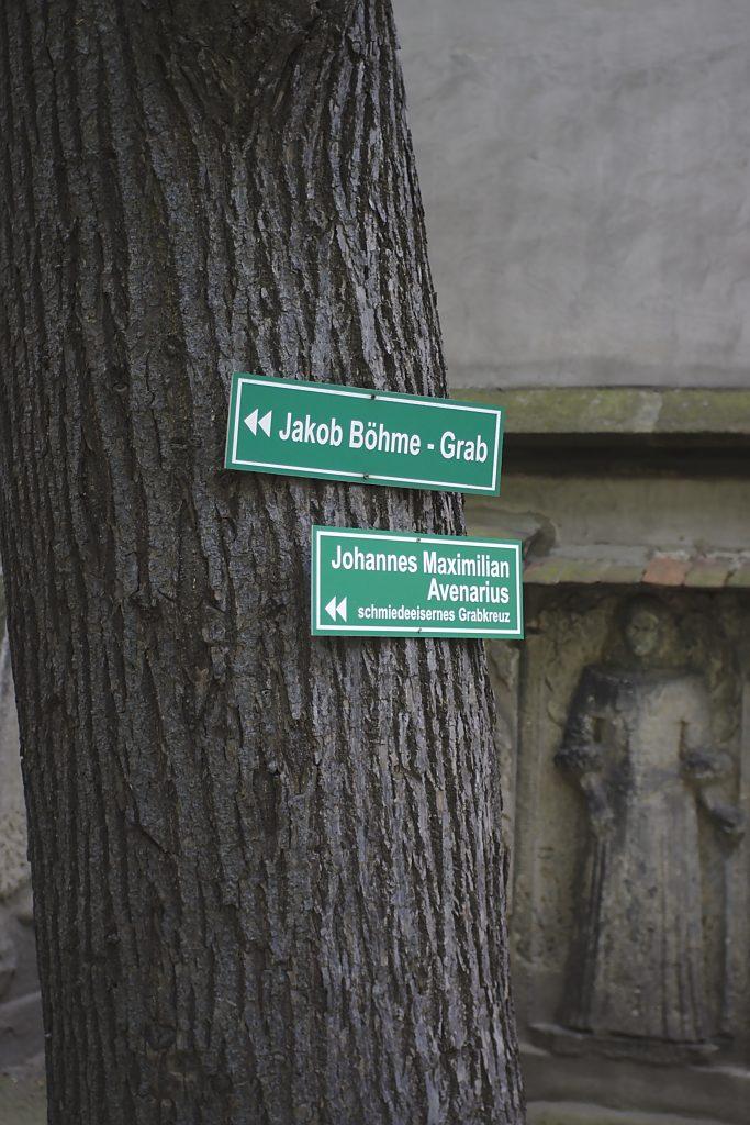 Wegweiser Nikolaifriedhof Görlitz