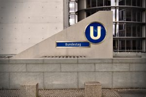 Berlin U-Bahnstation Bundestag Blogparade was bedeutet mir Demokratie