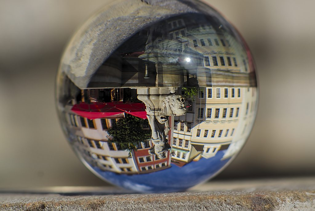 Brunnen in der glaskugel Fotografie Neptunbrunnen Görlitz