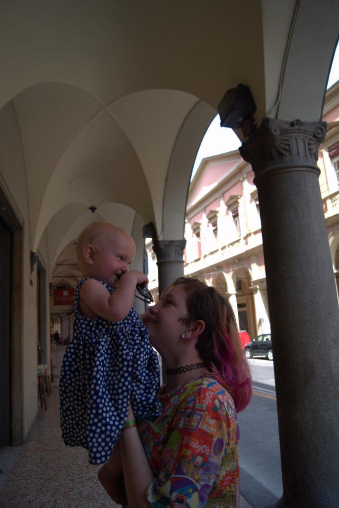Interrail mit Kleinkind Bologna reisen mit baby