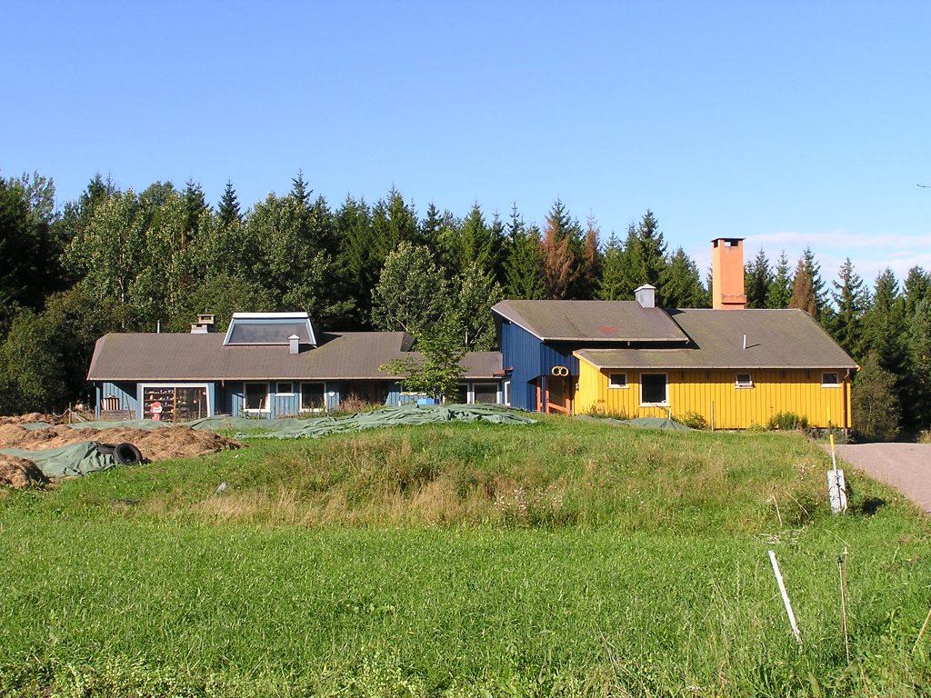 Häuser Vidaråsenlandsby camphillauswandern nach norwegen