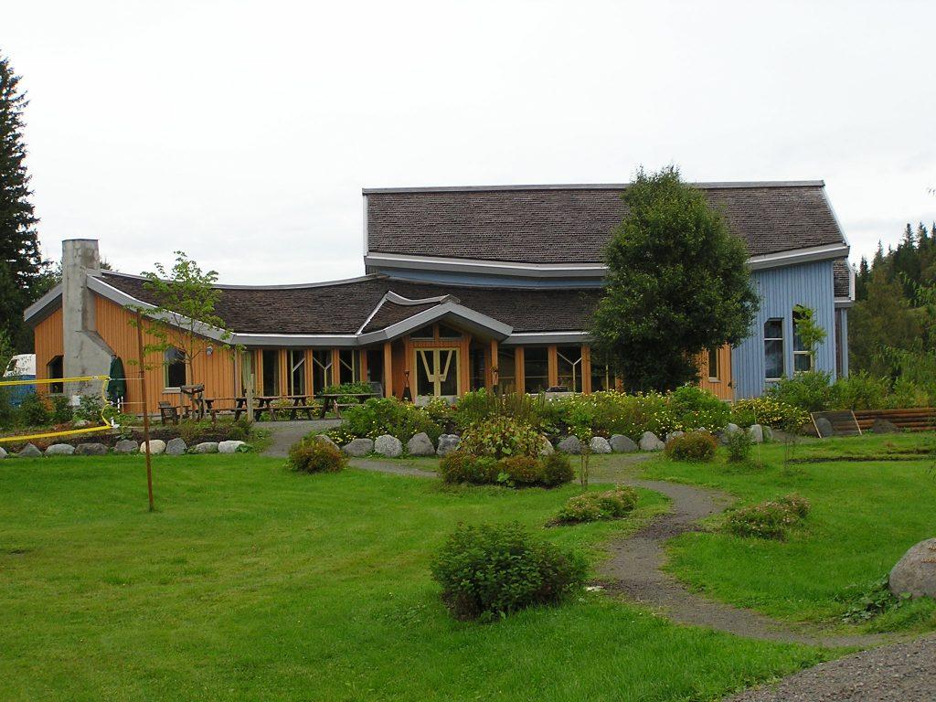 Kulturhaus yggdrasil jøssåsen landsby norwegen